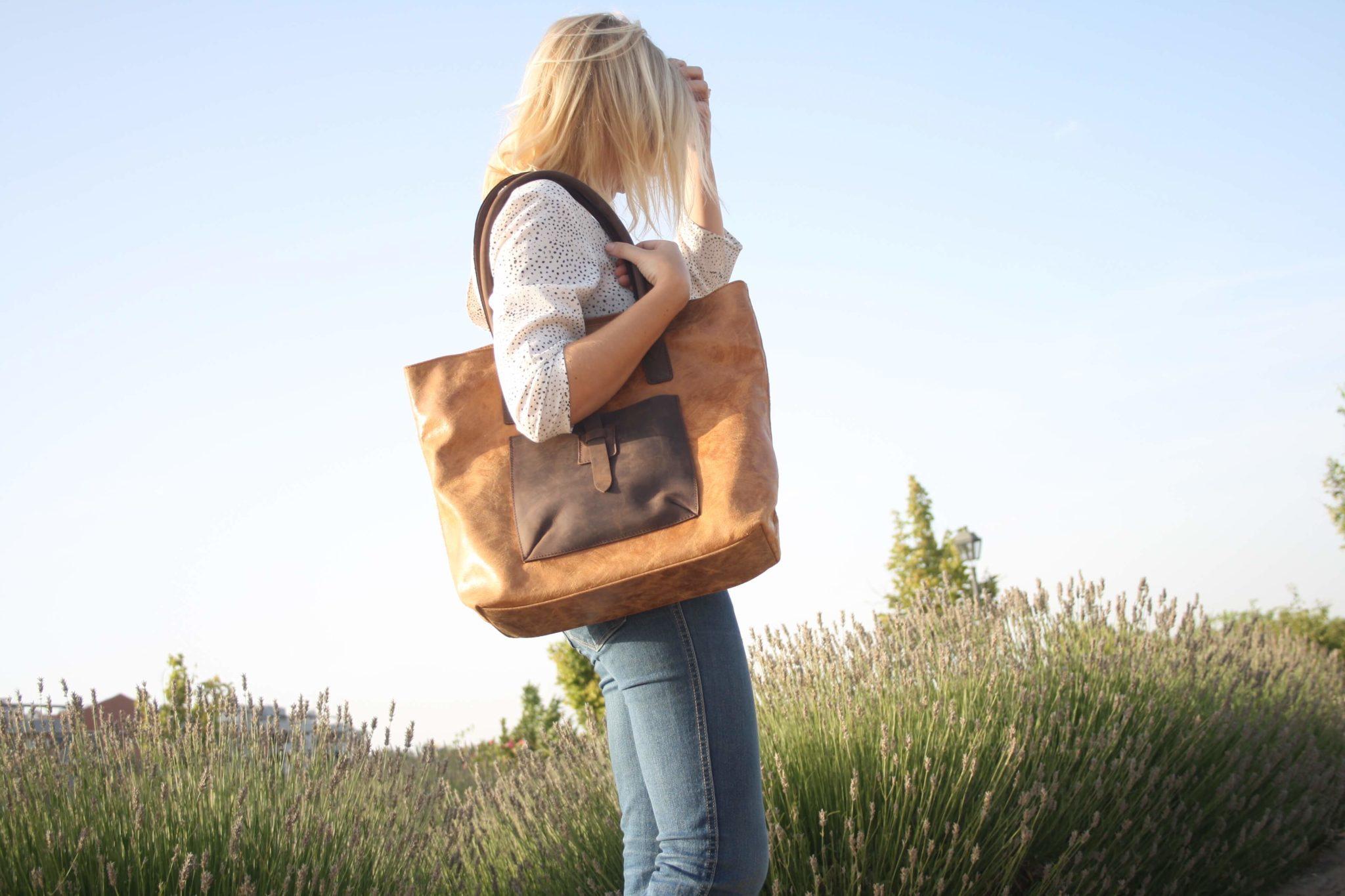 bolso shopper, bolsos de piel, bolsos rebaajas, kalimba, verano, moda, complementos, tendencias, compra online