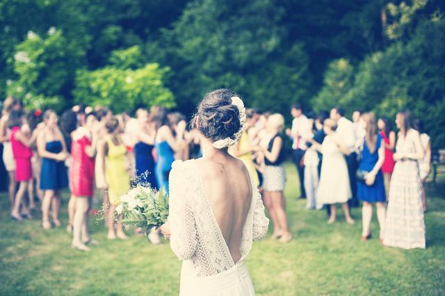 bolsos, bodas, invitada, tendencias, moda, kalimba, complementos, bolsos de boda